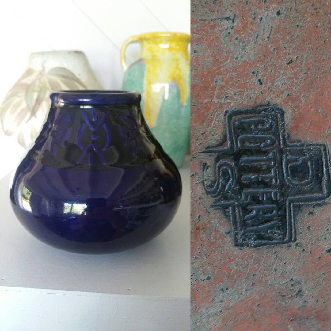 Day 9: Another piece by the Disabled Soldiers Pottery, Redfern, NSW with a deep cobalt blue glaze and unusual embossed design around the rim. Circa 1920. #AustralianPottery #AustralianArtPottery #NSWPottery #Pottery #Ceramics #DisabledSoldiersPottery #DisabledSoldiers #WWI #WorldWarOne #WorldWarI #AustralianDesign #AustralianArt #RedCross #redcrossaustralia #365DaysofAustralianPottery
